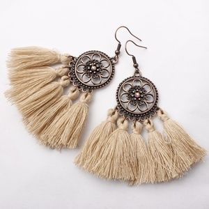 Jewelry - 🥀Beige Khaki Boho Tassel Dreamcatcher Earrings
